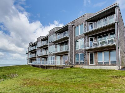 Photo for Luxury, waterfront condo w/ shared hot tub, pool, and spectacular ocean views