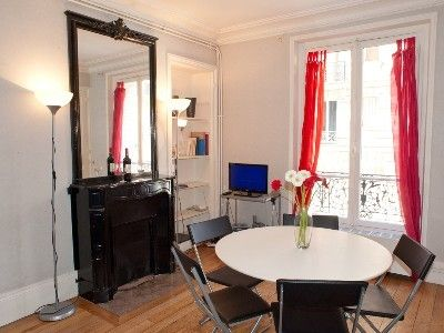Photo for Spacious and calm 2/3 bed apartment in the Latin Quarter, Place Monge
