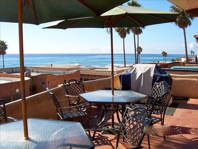 Patio with 180 degree views. Seating for 10. Gas BBQ. Las Gaviotas Rentals