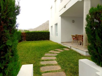Photo for Modern apartment in the famous residential complex Bellresguard