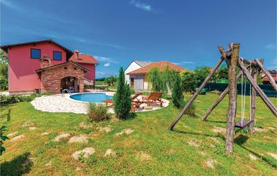 Photo for 5 bedroom accommodation in Ozalj