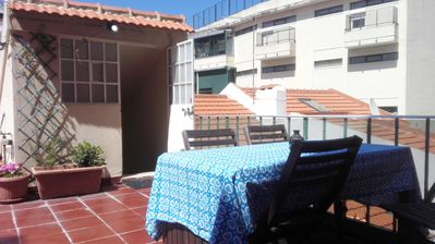 Photo for Centrally Located, Rooftop Terrace & Gameroom, free WiFi