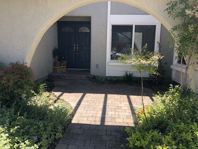 Photo for 4 BR Home Centrally Located in ORANGE COUNTY....parks, lake, disneyland & more