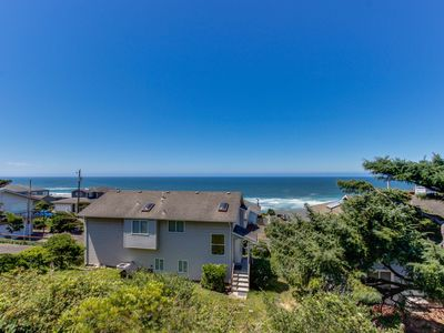 Photo for Spacious home w/private hot tub, ocean views, game room, fireplace