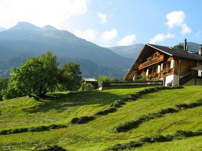 Photo for Detached holiday house with guesthouse and great views above cosy Grindelwald