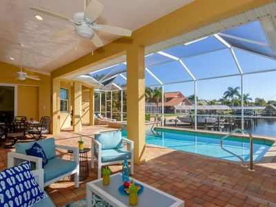 Photo for Direct access to the Gulf of Mexico, Pool and Jacuzzi, kayaks available