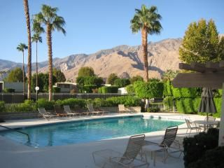 Photo for Style and Serenity near downtown Palm Springs