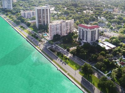 Photo for Ocean-Bayfront 2 BR in SOHO Hyde Park on Bayshore Blvd 6 months min lease