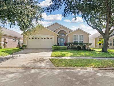 Photo for Beautiful 4 Bedroom Pool Home w/Game Room & Spa. 10 minutes to Disney World!