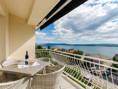 Photo for Modern and light-flooded apartment with sea view - Apartment Danica 2