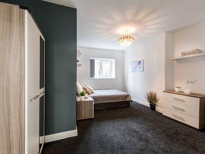 Photo for Luxury Private Room in a Cosy House