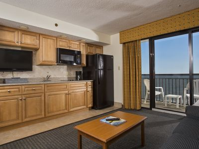 Oceanfront Suite w/Amazing View + Official On-Site Rental Privileges