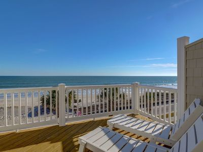 Photo for Island Living Oceanfront complex with community pool and beach access