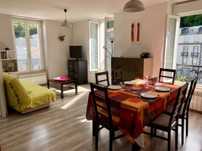 Photo for downtown, bright and comfortable 3 * 4 person apartment, spa, hike, ski