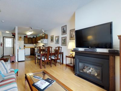 Photo for NEW LISTING! Condo with shared hot tub and sauna - walk to the slopes!