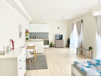 Photo for Spacious apt |Completely equipped| Netflix| All you need| 4 min to center