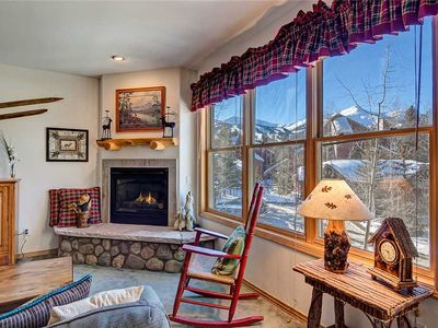 Photo for Spacious Breckenridge condo, Outdoor hot tub, 2 blocks from Main Street, Fantastic amenities!