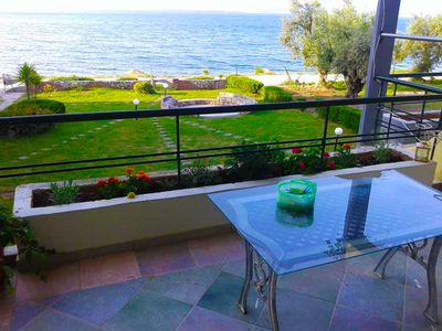 Photo for Sunny 1st floor apartment by the sea (Mare & Monti)
