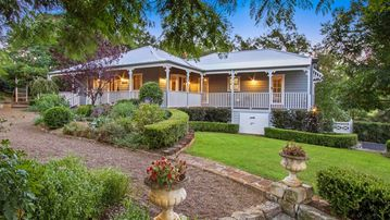 Curraweena House - heritage luxury short stay