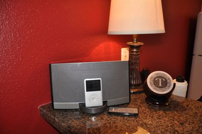 Bose Ipod Docking Station with battery pack