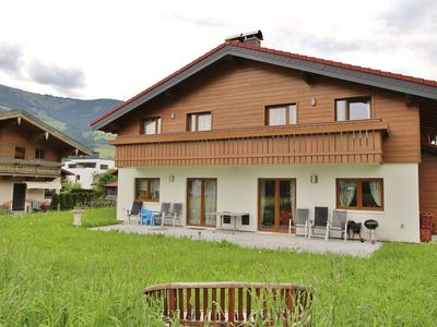 Photo for Beautifully located holiday home with private sauna, at the edge of Mittersill