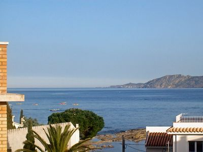 Photo for Apartment in Llançà with Air conditioning, Lift, Parking, Terrace (88083)