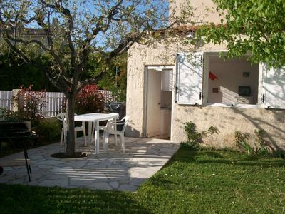 Photo for Studio 2 people, 300 m sea, pets welcome