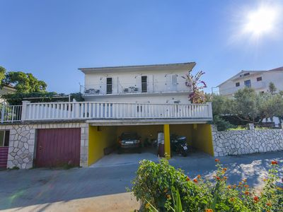 Photo for Apartments Jakov (35991-A2) Jelsa - island Hvar