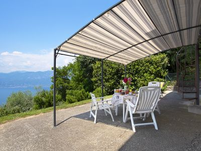 """Photo for Cozy Apartment """"Casa Fasse"""" with Lake View, Mountain View, Wi-Fi, Garden & Terrace; Parking Available"""