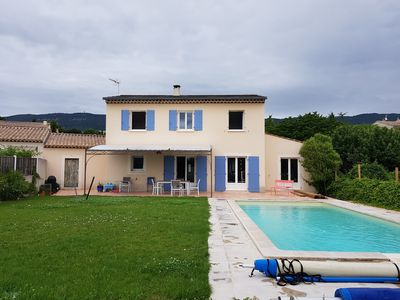 Photo for House 140 m² south Luberon, swimming pool - House in Provence, Luberon, swimming pool