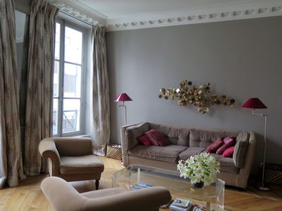 Photo for STYLISH 2 BEDROOM FLAT, close to Tuileries / rue Saint Honore