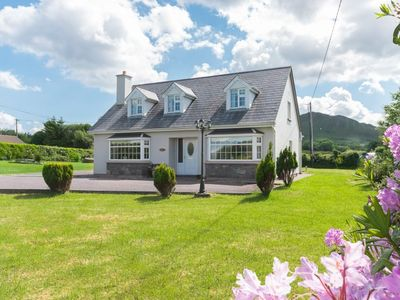 Photo for Family home overlooking the Village of Sneem.  Sleeps 8 in 5 bedrooms