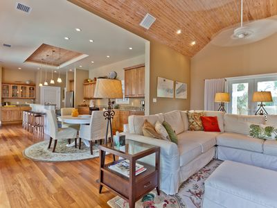 Photo for 4 Bed/4 Bath Retreat at the End of the Road