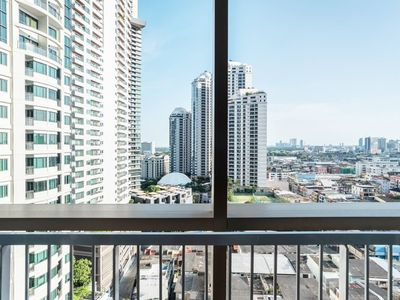Photo for Elegant LUXURY Close to PromPhong Skytrain