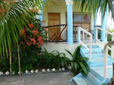 Photo for Charming, quiet mountain top villa: Experience Jamaica Like a Jamaican