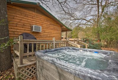 With a hot tub, furnished deck, and beds for 2, this home is 5-star.