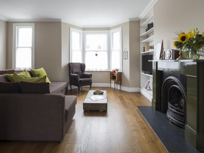 Photo for Cambridge Road II - luxury 4 bedrooms serviced apartment - Travel Keys