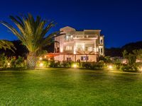 Lovely well equipped villa with great facilities and views
