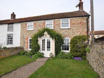 Photo for 2 bedroom Cottage in Salthouse - NCC15