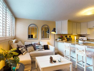 Photo for Cozy remodeled condo within walking distance to skiing, nightlife and dining