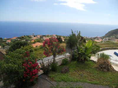 Photo for CASA BOUGAINVILHA Apartment with spectacular sea views and on Arco da Calhet