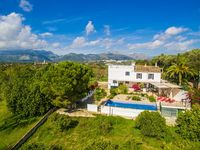 Fantastic finca in a lovely village, easy access to the whole island