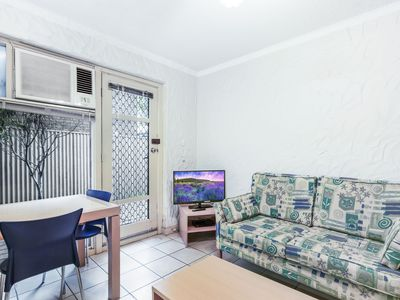 Photo for Pet Friendly Courtyard Apartment, close to beach!
