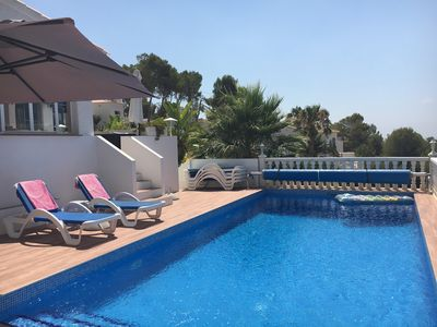 Photo for Family villa, 6/7 pers., airco, private pool, BBQ, WIFI, lots of privacy