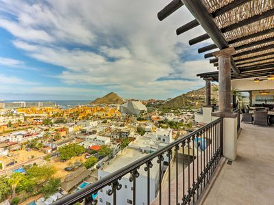 Photo for Cabo Penthouse Villa w/Dipping Pool & Jacuzzi!