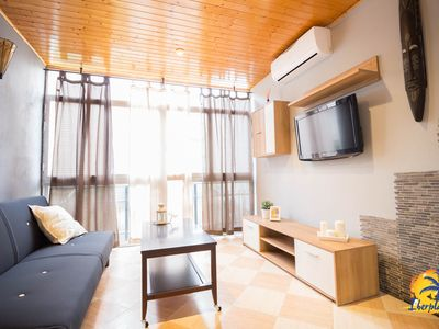 Photo for Cozy studio with air conditioning and parking located in Cap Salou.