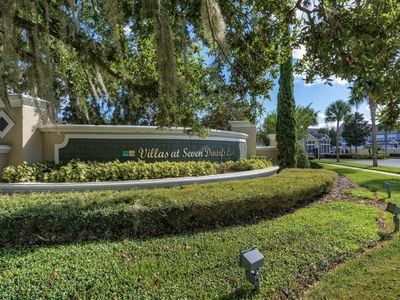 Photo for Beautiful town house in a great gated community 5 miles from Disney entrance
