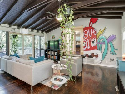 Photo for Bright+stylish East ATL retreat near attractions