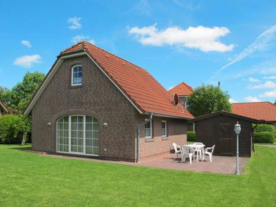 Photo for Vacation home Friesenhaus Sielblick (DTZ100) in Ditzum - 4 persons, 2 bedrooms