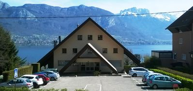 Photo for Studio 70 meters from Lake Annecy with terrace facing the lake